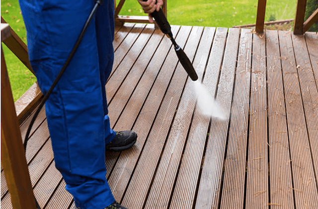 deck cleaning bloomington